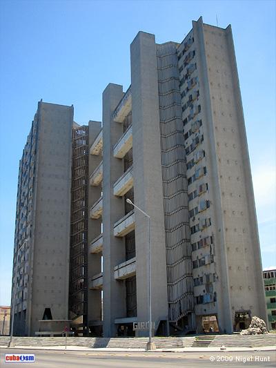 Edificio de apartamentos Girón, La Habana, Cuba