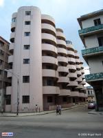 Edificio de la calle Soledad, Centro Habana, Cuba