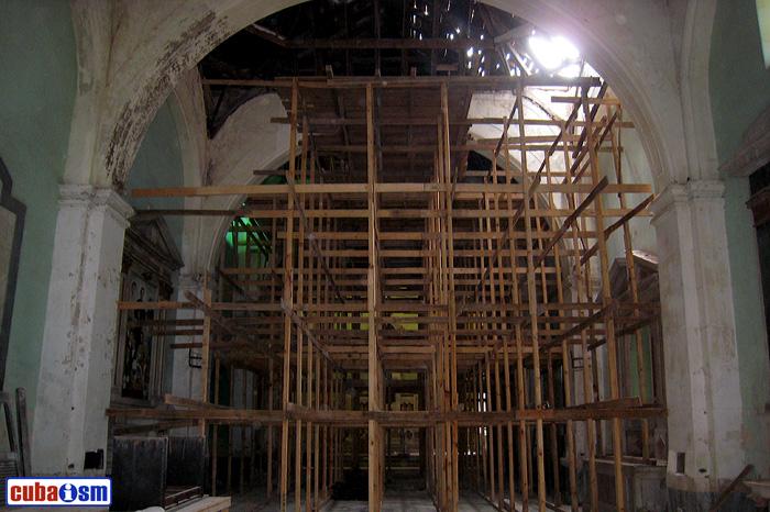 arquitectura habana .org - Iglesia de Maria Auxiliadora en La Habana Vieja, Cuba